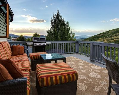 Private Hot Tub at Spacious Park City Home! Sleeps 9. #1018 - Downtown Park City