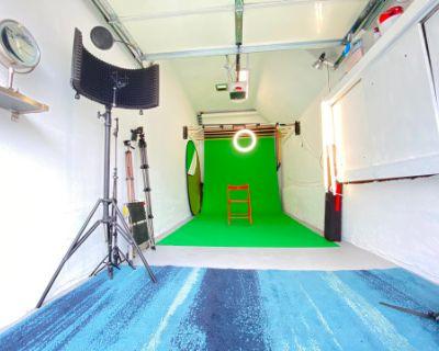 SF Portrait & Photography Studio: Whitewalls, Lights, Stands & Backdrops. Portrait and Model Pro!, san francisco, CA