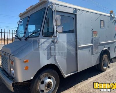 Ready to Transform Chevrolet Empty Step Van Truck / Mobile Business Truck