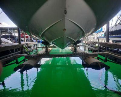 2000 Custom Boat lift