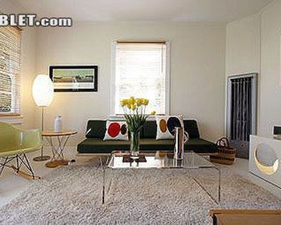 $1600 1 single-family home in West Los Angeles