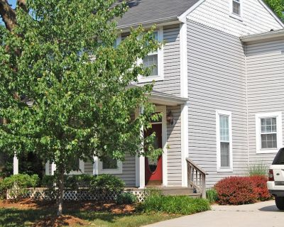 This Eastport home is very spacious and close walking distance to everything, only 4 blocks from Annapolis City Dock. Perfect to live close to town and all the activities Annapolis has to offer. - Eastport