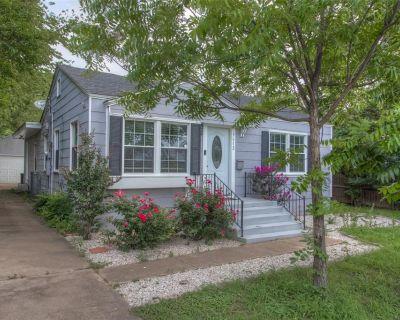 5612 Birchman Ave, Fort Worth, TX 76107