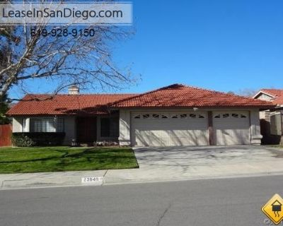 Apartment for Rent in Moreno Valley, California, Ref# 2439995