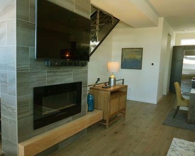 Fabulous/Spacious New Modern Denver-Sloan's Lake/Lg. Deck/Townhome/30-day min. - West Colfax