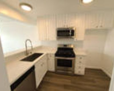 Stunning Spacious 2 Bed 2 Bath Unit with Large Private Patio in the Quiet HI...