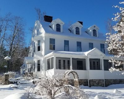 Enjoy the peace and grandeur of the White Mountains in real comfort. - Chocorua