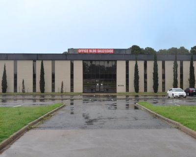 Class A Office Space at I-20 - Near Airport (and Texas!)
