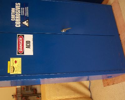 Safety Cabinet- corrosive/flammable material storage