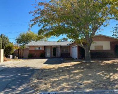 4 Bed 2 Bath Preforeclosure Property in Lancaster, CA 93535 - Raysack Ave