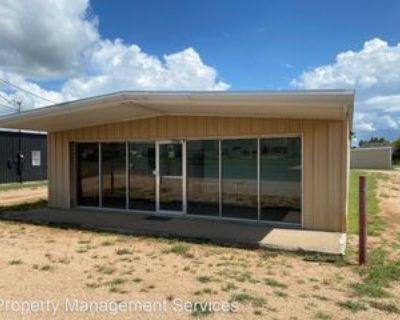 176 Industrial Loop, Fredericksburg, TX 78624 Studio Apartment