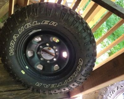 FS 2019 ram 2500 power wagon rims/ tires and spare