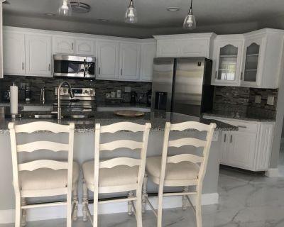 House with private pool in the Sw of Cape Coral. - Cape Coral