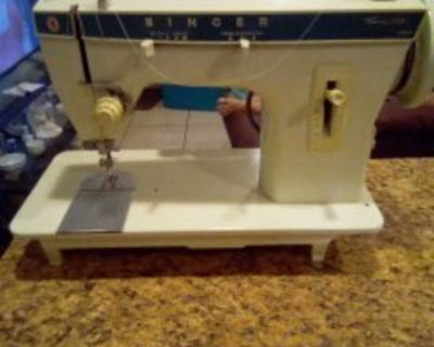 Singer sewing machines 2 to choose from