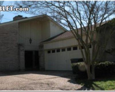 $2000 3 single-family home in SW Houston