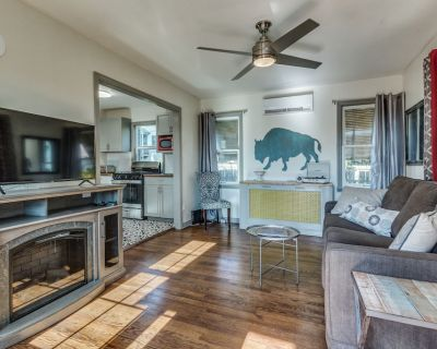 Midtown OKC Cozy cottage near OCU/Paseo - Central Oklahoma City
