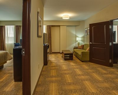Suite Near ATL | Free Breakfast, Shared BBQ Area, 24h Business Center! - East Point