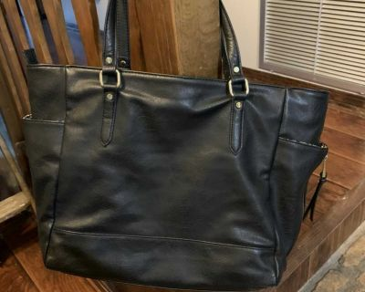 Black tote. Used once. Lots of compartments. From Belk