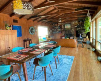 Updated, Modern Ranch-Style Gem, Altadena, CA