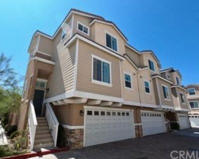 9005 Kimberly Ln, Cypress, CA 90630 4 Bedroom Condo