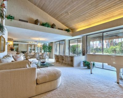5-Star Luxury Rancho Mirage Retreat! Stunning Decor, Views and Comfort - Rancho Mirage