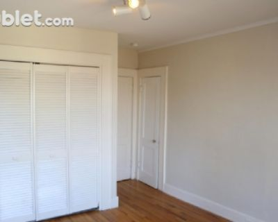$700 per month room to rent in Cullom Place available from October 23, 2021