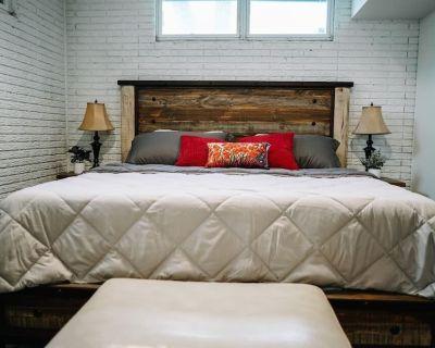 Charming Apartment near Downtown Fargo Moorhead - Moorhead