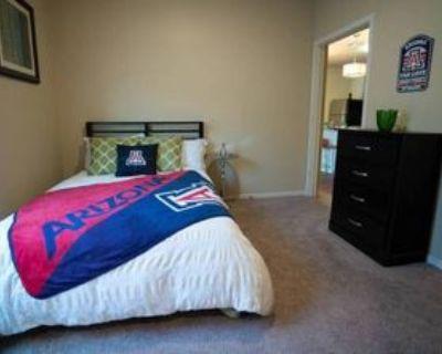 504 East 9th Street, Tucson, AZ 85705 4 Bedroom Apartment