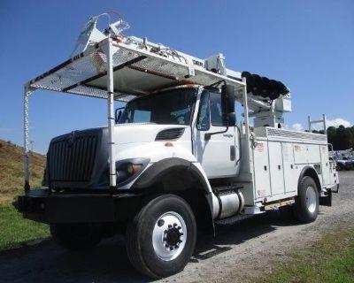 2014 INTERNATIONAL WORKSTAR 7300 Digger Derrick Trucks Heavy Duty