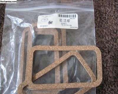 NOS Ty 2,4 Breather Cover Gasket 021-115-487