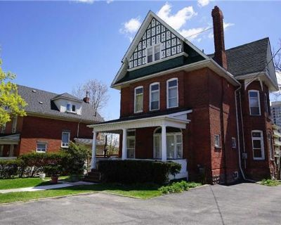 Commercial for Sale in Brampton, Ontario, Ref# 11180665