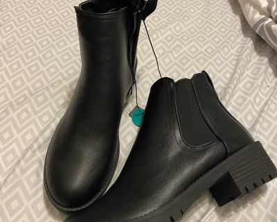 New boots size 10