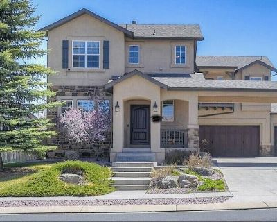 Central CO Springs, Movie/Game Room with Wet Bar - Northeast Colorado Springs