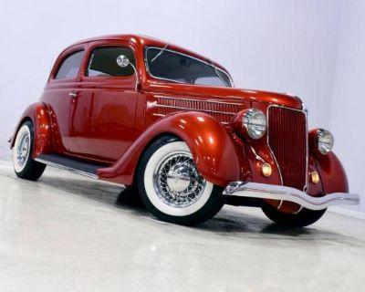 1936 Ford Sedan 2-door All-Steel Deluxe Original Restored Sedan Tudor