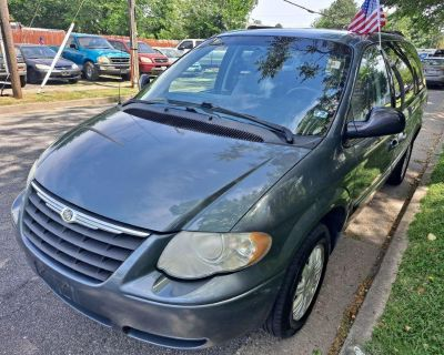 2006 CHRYSLER TOWN & COUNTRY TOURING 0