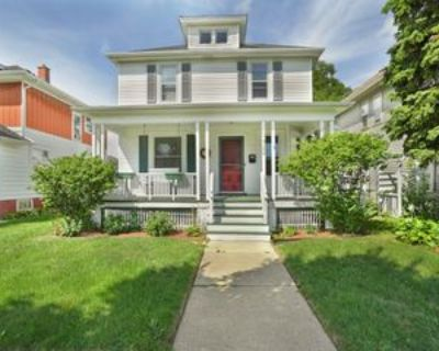 2422 Carmel Ave, Racine, WI 53405 3 Bedroom Apartment