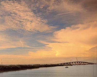 Waterview over Tampa Bay sunrise! - Isla del Sol