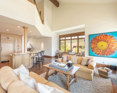 FIVE DIAMOND Grand Luxury 3K sq. ft Townhome @ Canyons Village - Park City
