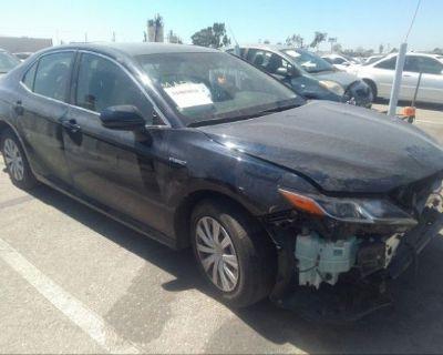 Salvage Dark Blue 2018 Toyota Camry