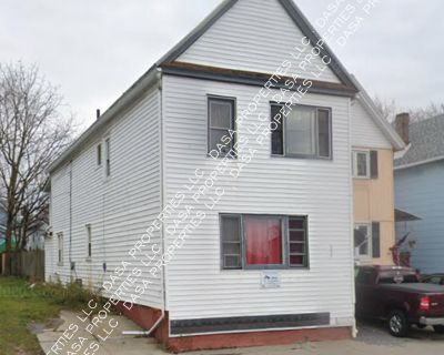 397 Military Lower - 2 Bed / 1 Bath