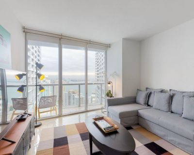 Dog-friendly, bayview condo in the heart of Brickell w/ shared pool & hot tub! - Brickell