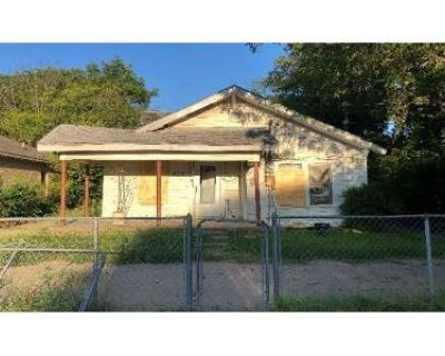 3 Bed 2 Bath Foreclosure Property in Dallas, TX 75211 - N Dwight Ave