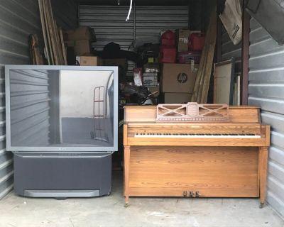 """Free 53"""" SONY TV& Piano Console Kincaid"""