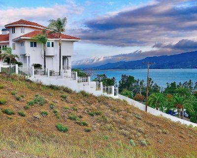 ABSOLUTELY STUNNING PANORAMIC LAKE VIEW HOME, WITH HOT TUB - Lake Elsinore