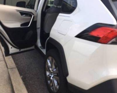 2021 Toyota RAV4 XLE Premium