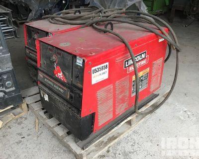 2009 Lincoln Invertec V450-PRO Electric Welder