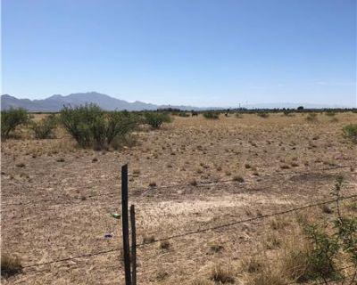 Ranch Land (MLS# 21814222) By Kathy L Mendez