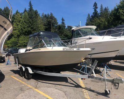 1984 Tiara Yachts 2000