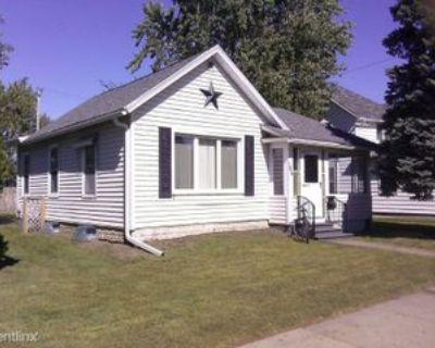 184 E King St, Winona, MN 55987 4 Bedroom House