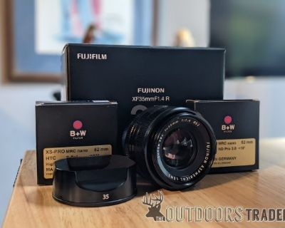 FS Fuji XF35mm F 1.4 R Lens and two filters